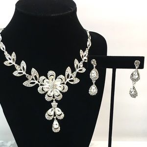 Special Occasion Crystal Statement Necklace Set